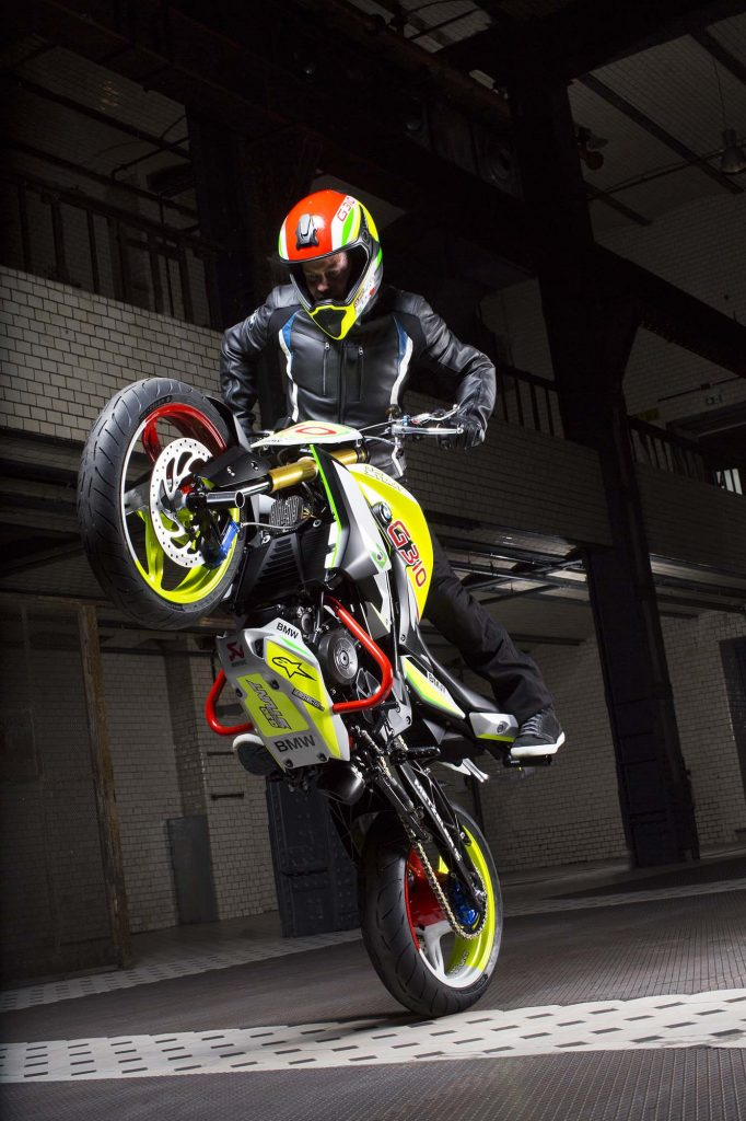 BMW-Concept-Stunt-G-310-56